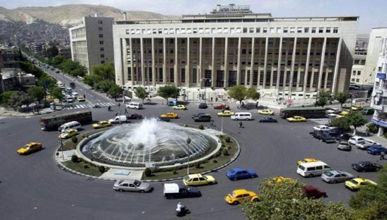 حكومة الأسد تستولي على أموال 40 ألف سورياً